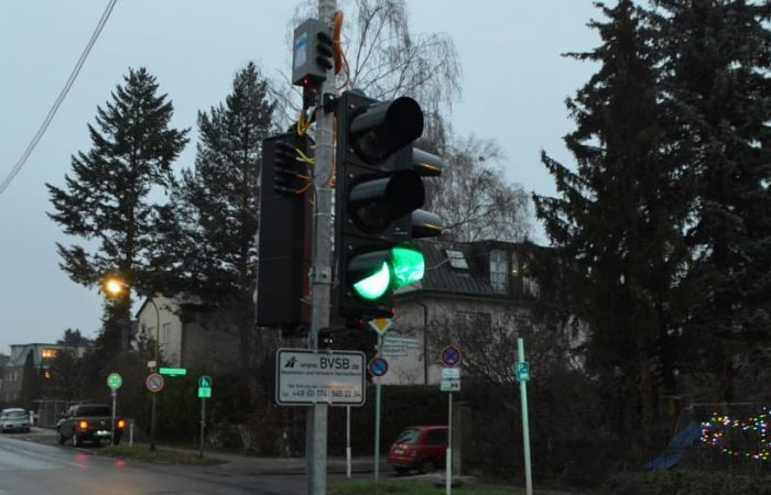 Ampel Strasse Grün